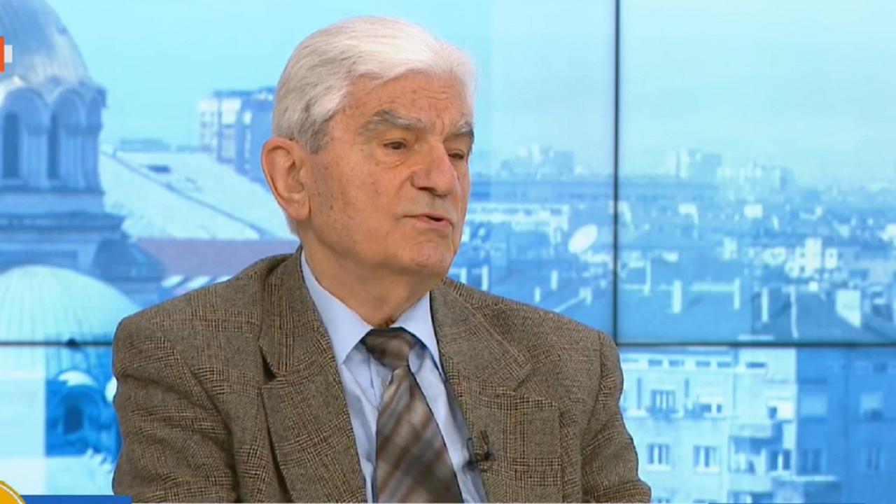 Акад.Петрунов: Колективен имунитет ще имаме най-рано в края на годината
