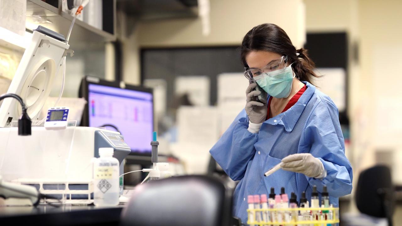 Белгийски експерти настояват за промяна на мерките срещу епидемията