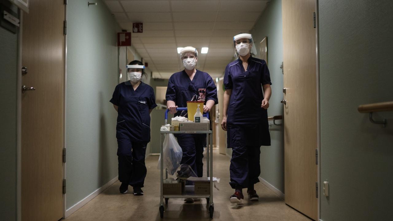 Броят на пациентите в интензивно отделение в Швеция достигна най-високото си равнище от първата вълна на пандемията