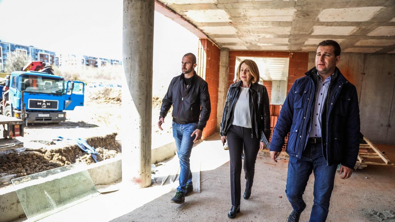 """Йорданка Фандъкова провери изграждането на детска градина в """"Манастирски ливад"""