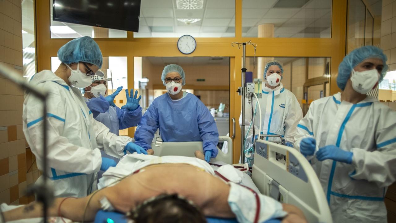 СЗО отчита нарастване на глобалните случаи на COVID-19 за седма поредна седмица