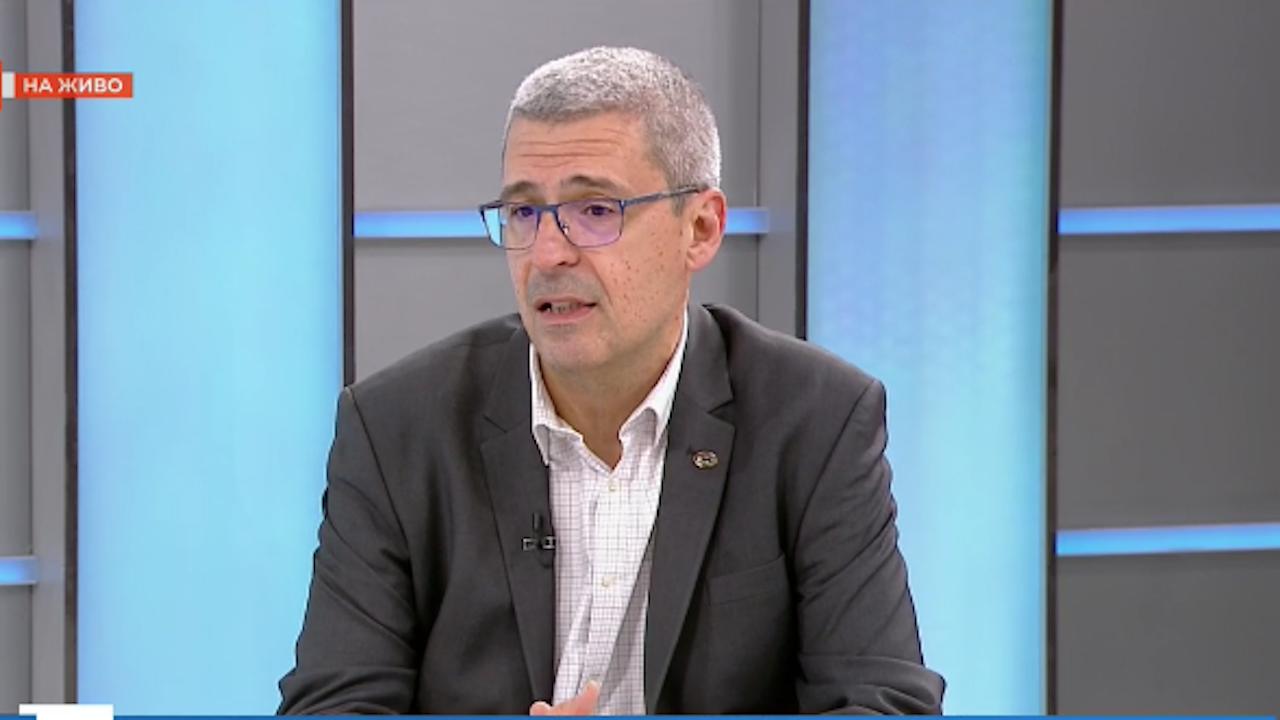 Проф. Илко Гетов: Ваксината на АстраЗенека не може да бъде изтеглена от България