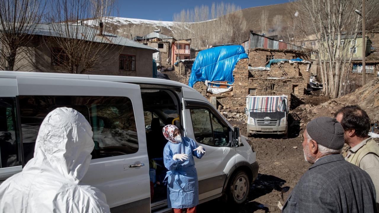 Турция се задъхва от новите случаи на COVID-19