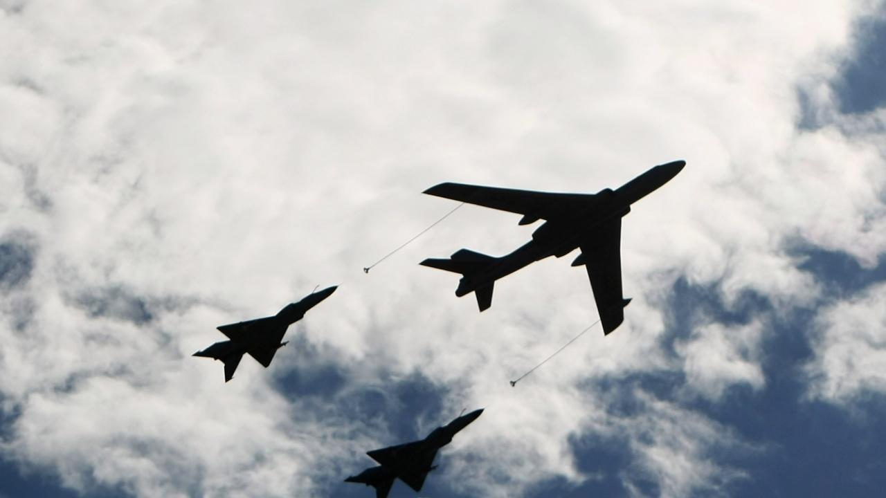 """""""Рекорден брой"""" китайски самолети навлезли във въздушното пространство на Тайван"""