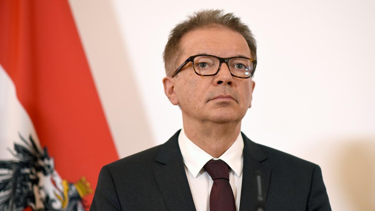 Здравният министър на Австрия се оттегля поради натрупан стрес от пандемията