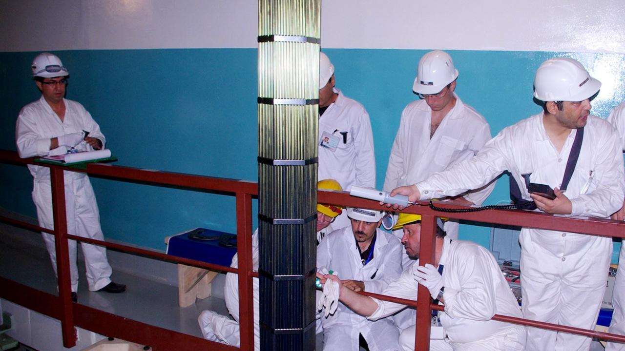 Иран обяви, че започва да обогатява уран до 60%