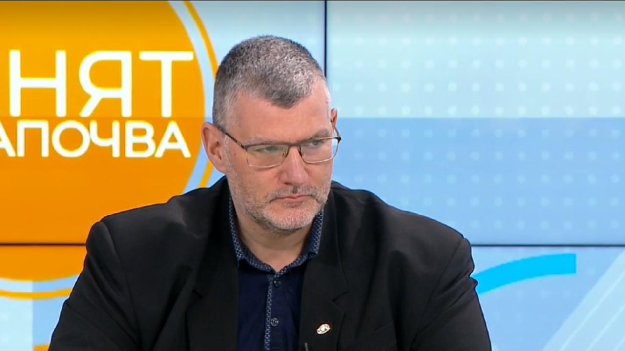 Проф. Момеков: Починалите от коронавирус са повече от починалите след ваксинация