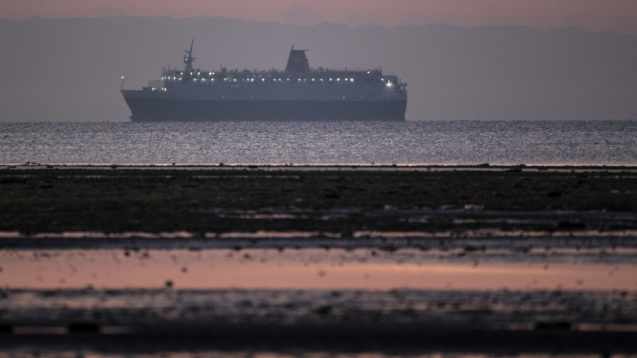 Изчислиха загубите от кризата в Суецкия канал