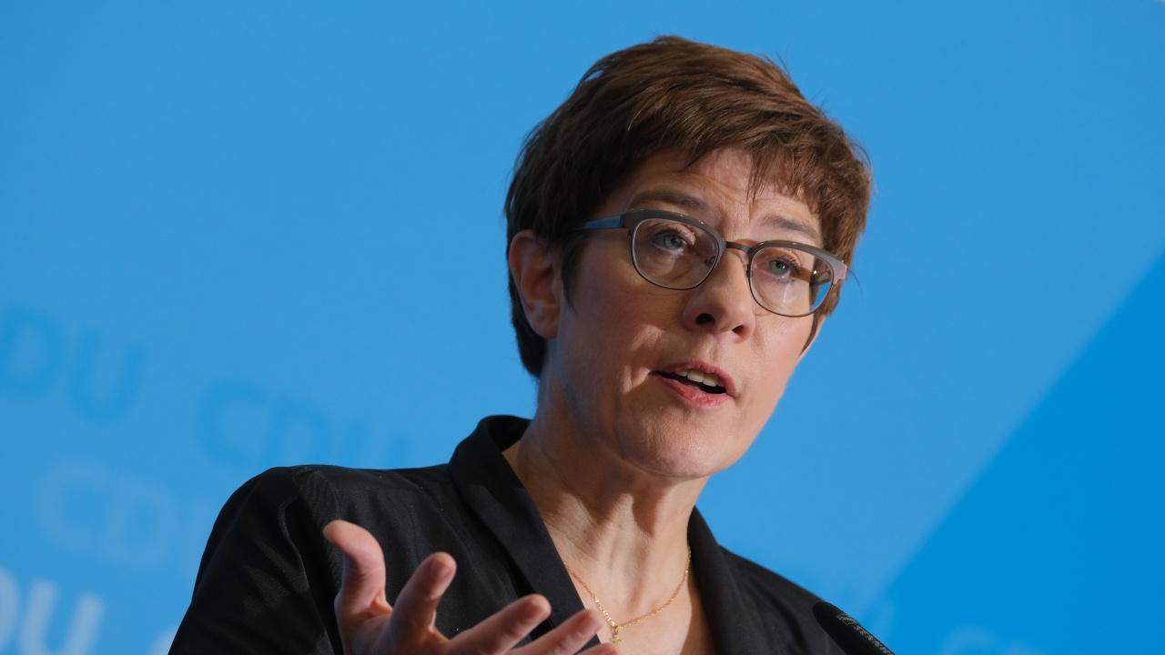 Берлин: И НАТО ще се изтегли от Афганистан до септември