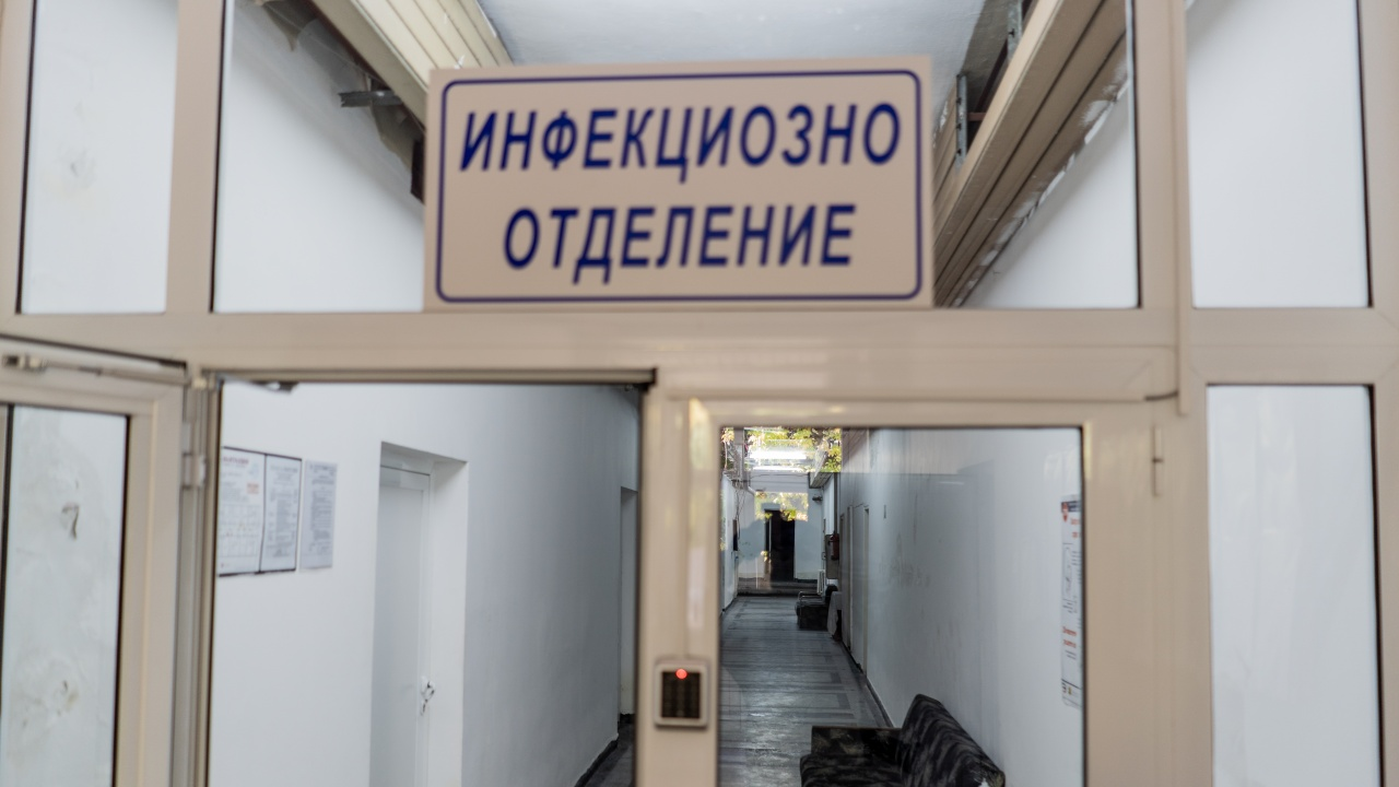 Трима души с коронавирус са починали в Габровско