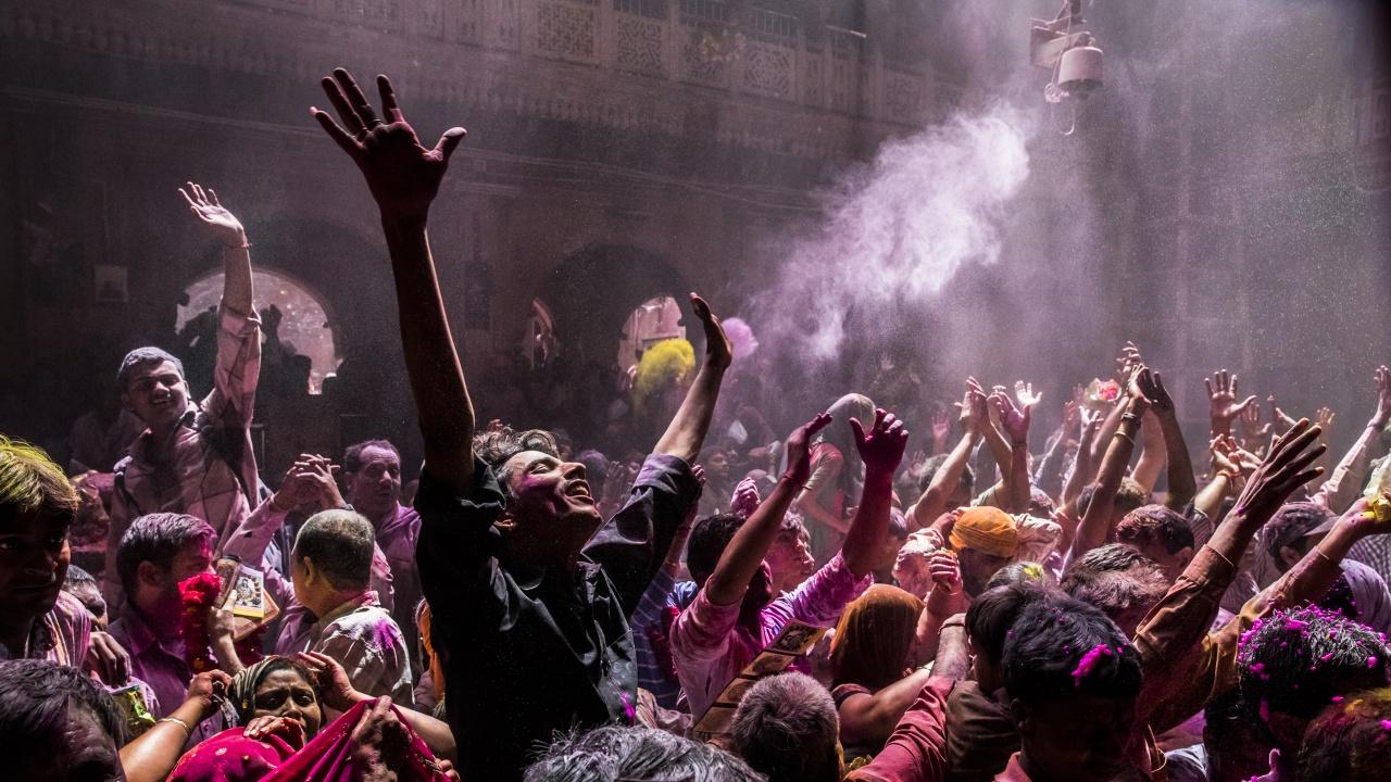 Над 1000 участници в религиозен празник в Индия са с COVID-19
