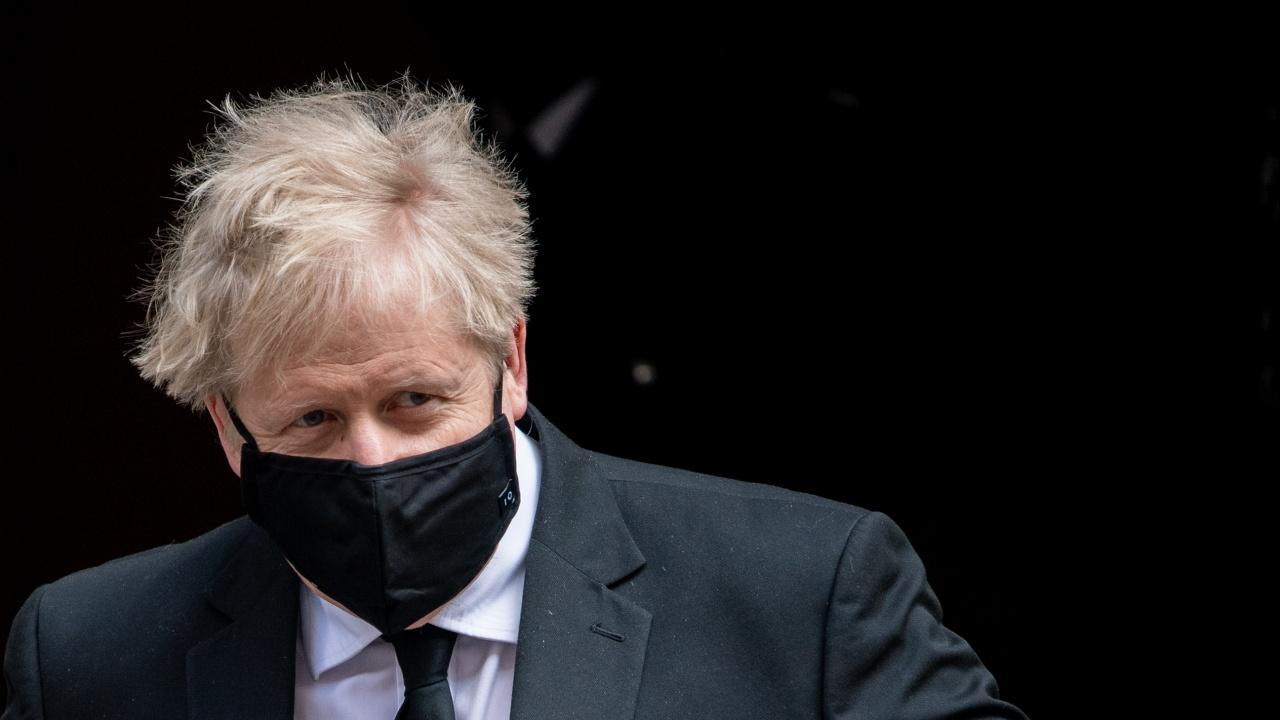 Борис Джонсън съкращава посещението си в Индия заради пандемията