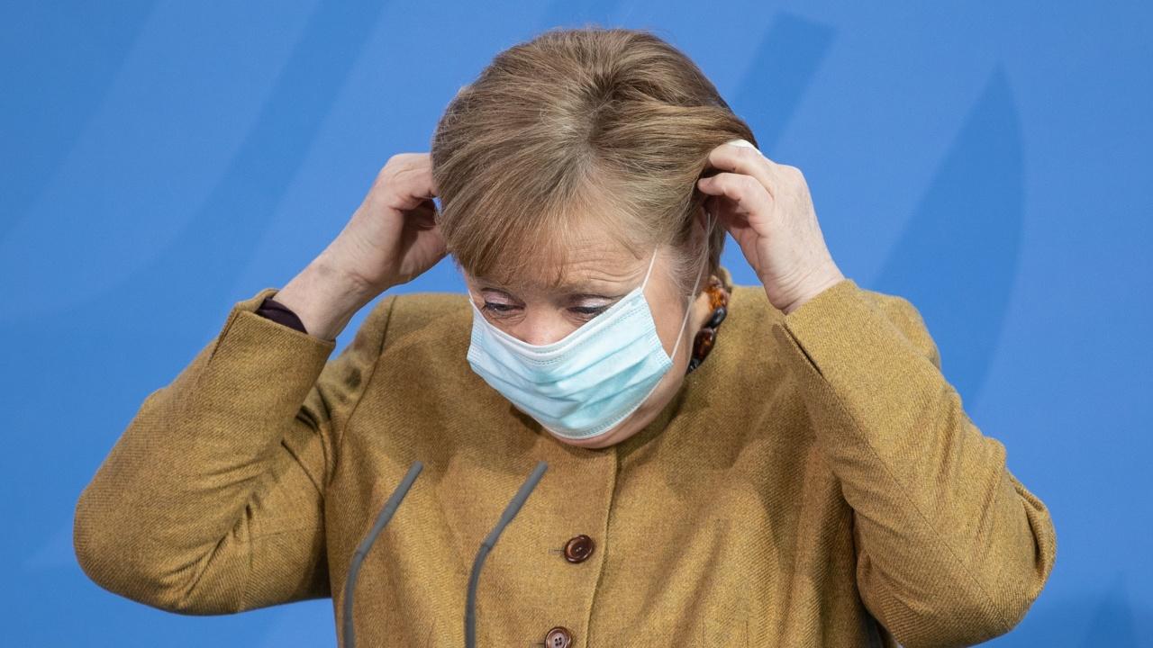Меркел е обсипвана с критики заради законопроекта за локдаун