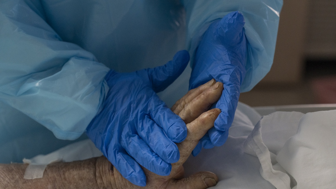 COVID-19 уби още пациенти в Ловешко