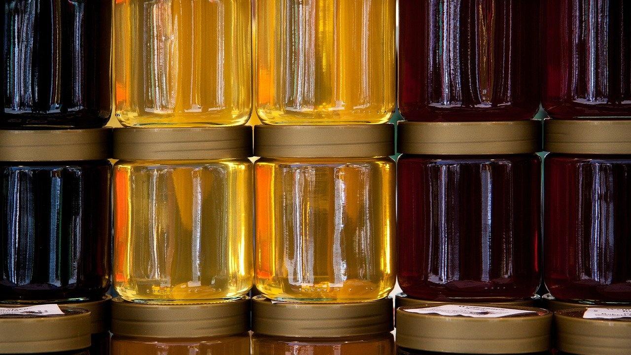 БАБХ е спряла вноса на 1203 тона плодове, ядки и мед