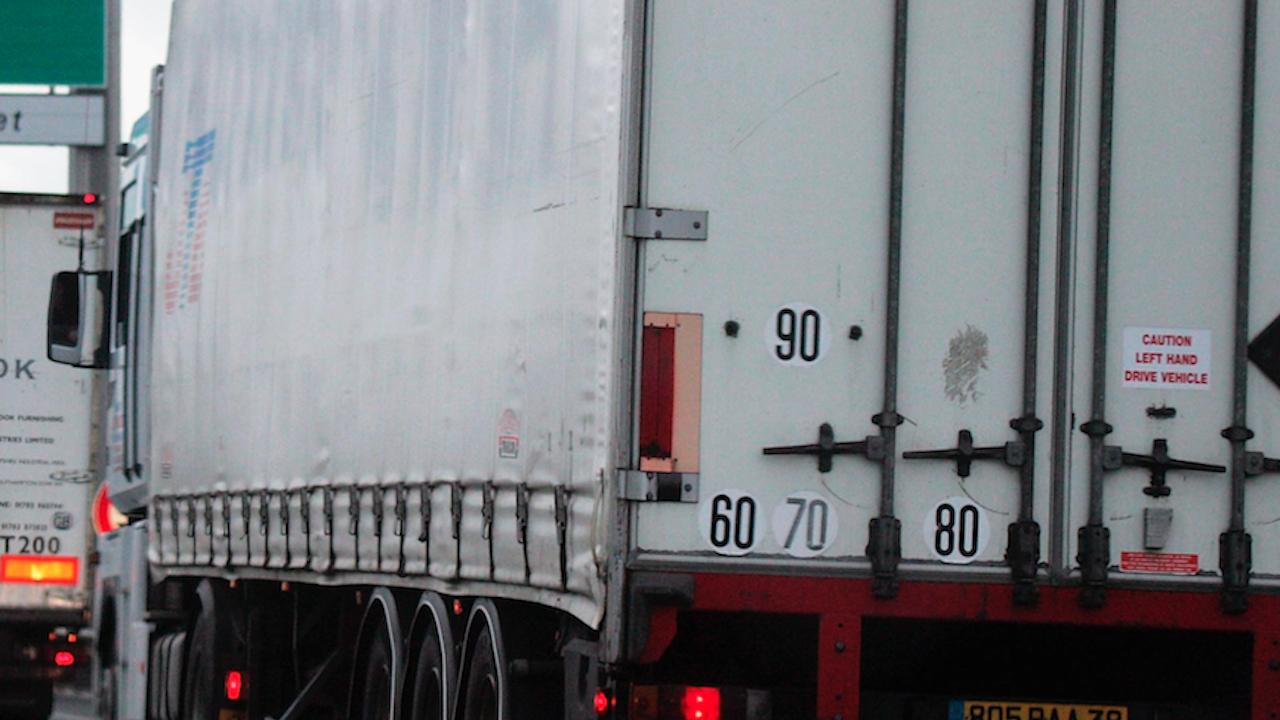 23 нелегални мигранти спрени в Румъния, част от тях в български камиони
