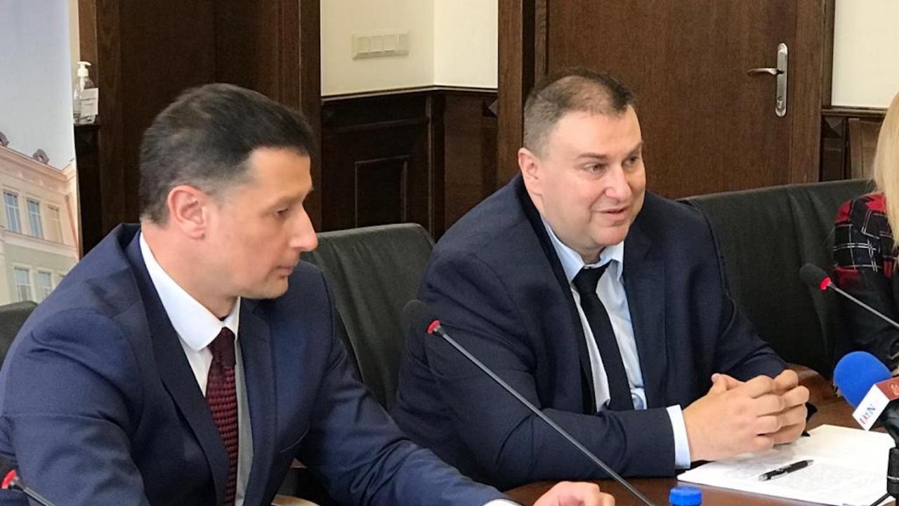 Емил Радев на форум в ИУ – Варна : Общоевропейската правна рамка за изкуствения интелект е важна за развитието на вътрешния пазар