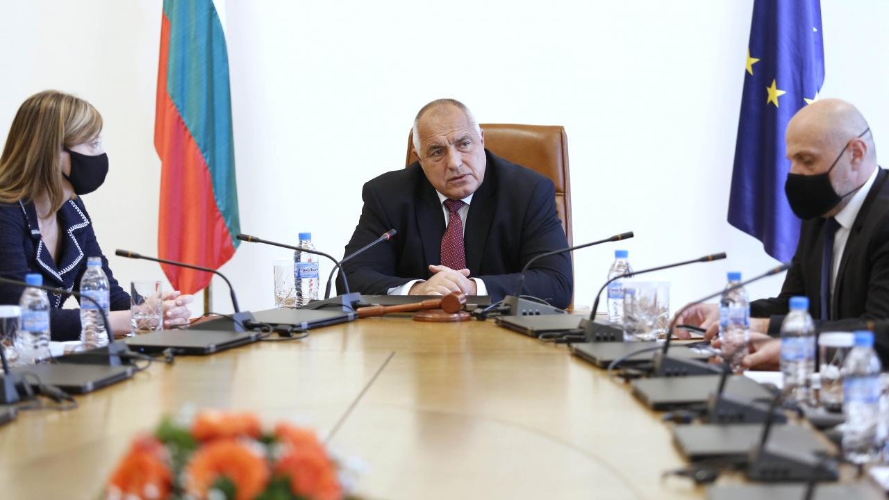 Премиерът Борисов: Младите хора, които искаха  по-добър живот, бяха използвани от платените протестъри