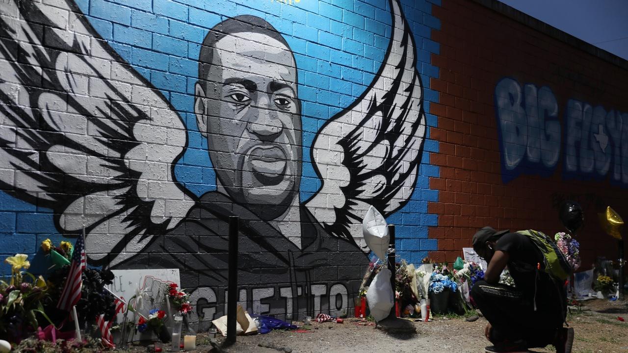 Подсъдимият за убийството на Джордж Флойд бивш американски полицай отказа да даде показания