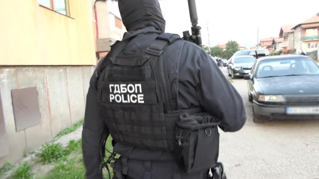 Закопчаха кредитен консултант в Пловдив, разбиха му лихварската схема