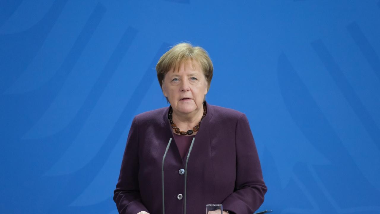 Меркел: Локдаунът и вечерният час са жизненоважни за прекратяване на третата вълна на коронавирус в Германия