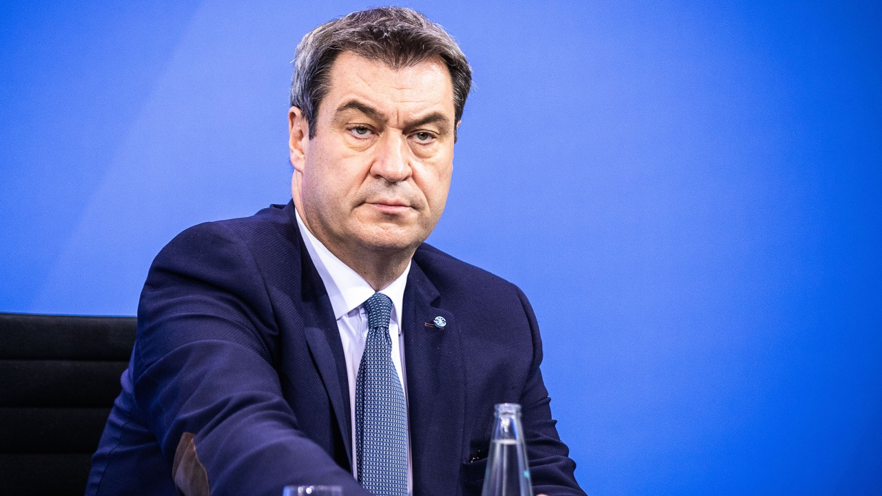 Баварският премиер засилва позициите си в борбата за канцлер в Берлин