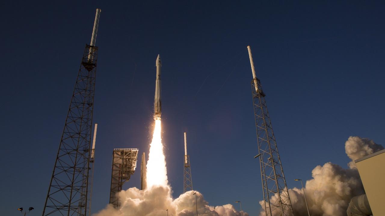 Сондата OSIRIS-REx е оставила видими следи на повърхността на астероида Бену