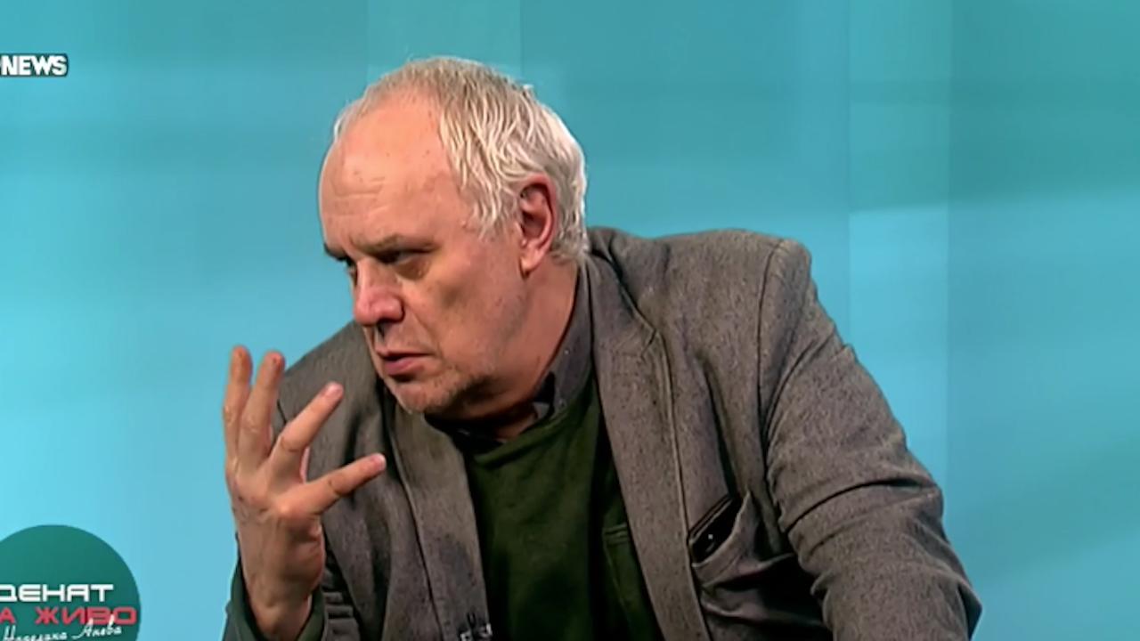 Андрей Райчев за театъра в НС: Обидите показват, че са слаби и ги е страх