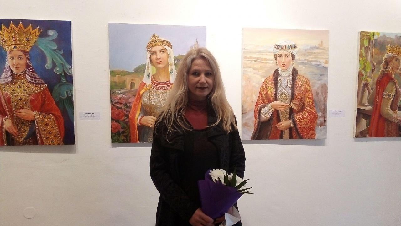 Изложба представя портрети на български царици във Варна