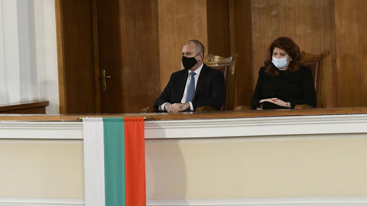 БСП решава ще подкрепи ли Радев и Йотова за втори президентски мандат