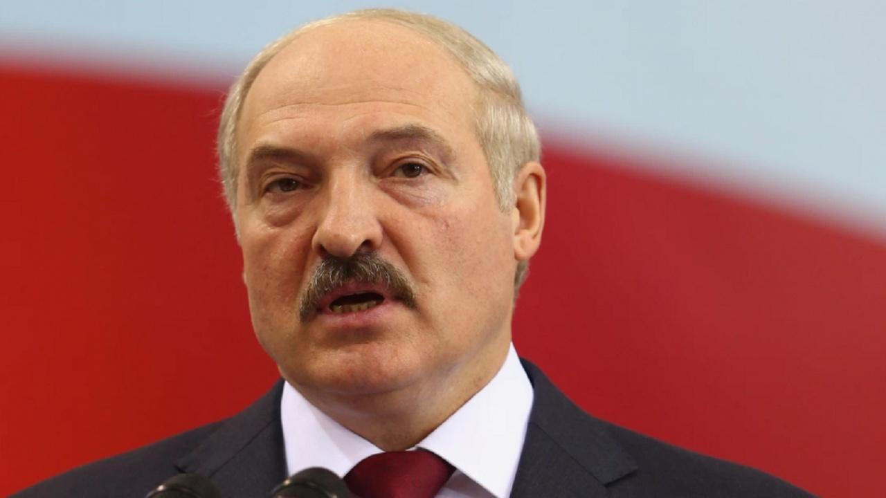 Александър Лукашенко все още няма да се ваксинира срещу COVID-19