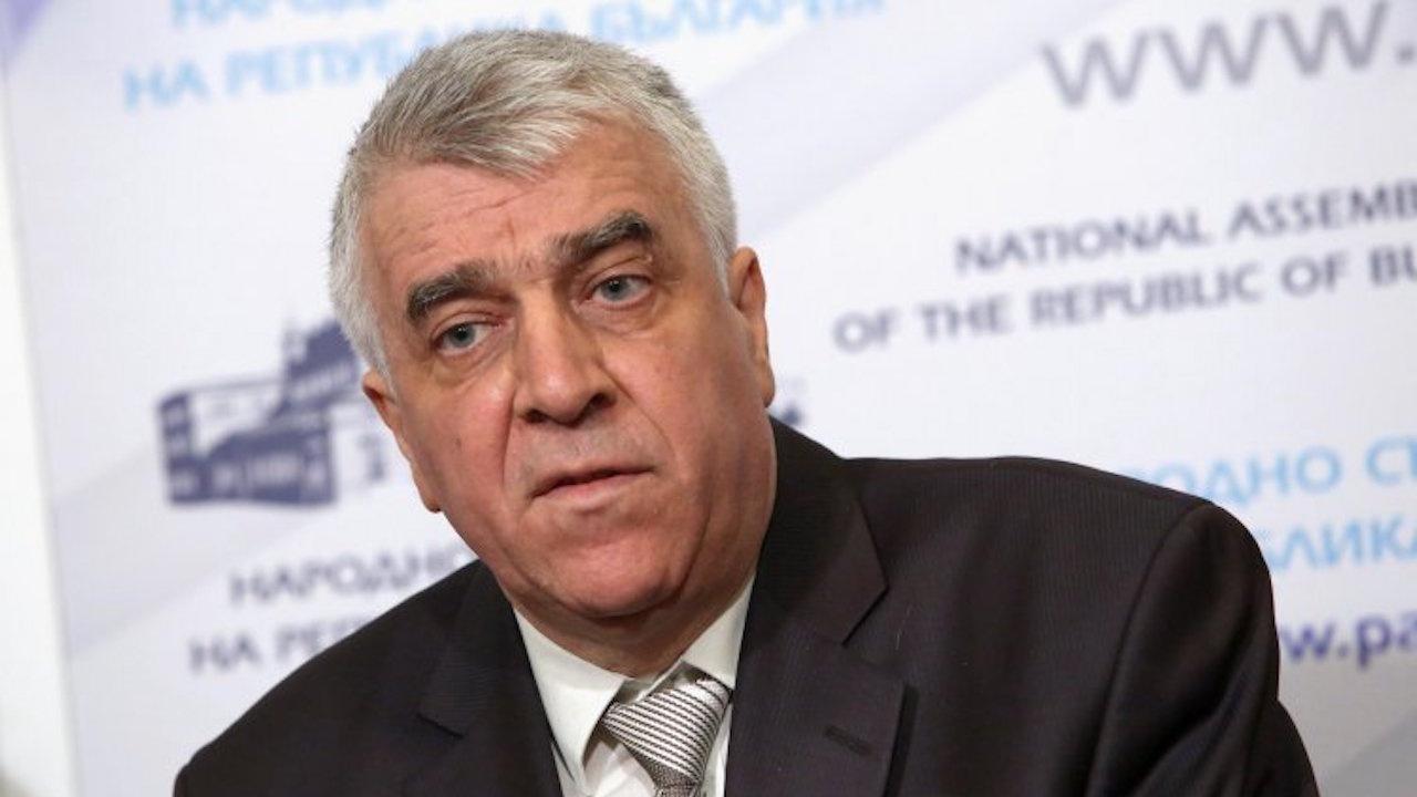 """Румен Гечев: """"Да, България"""" си подават топката с ДПС"""