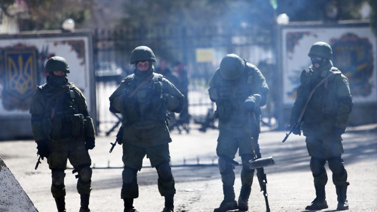 След обстрел от проруски сепаратисти. Украински войник е убит, а друг - ранен