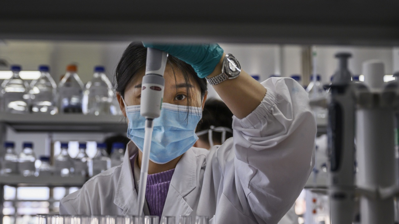 Китай стимулира ваксинационната кампания с раздаване на безплатни яйца