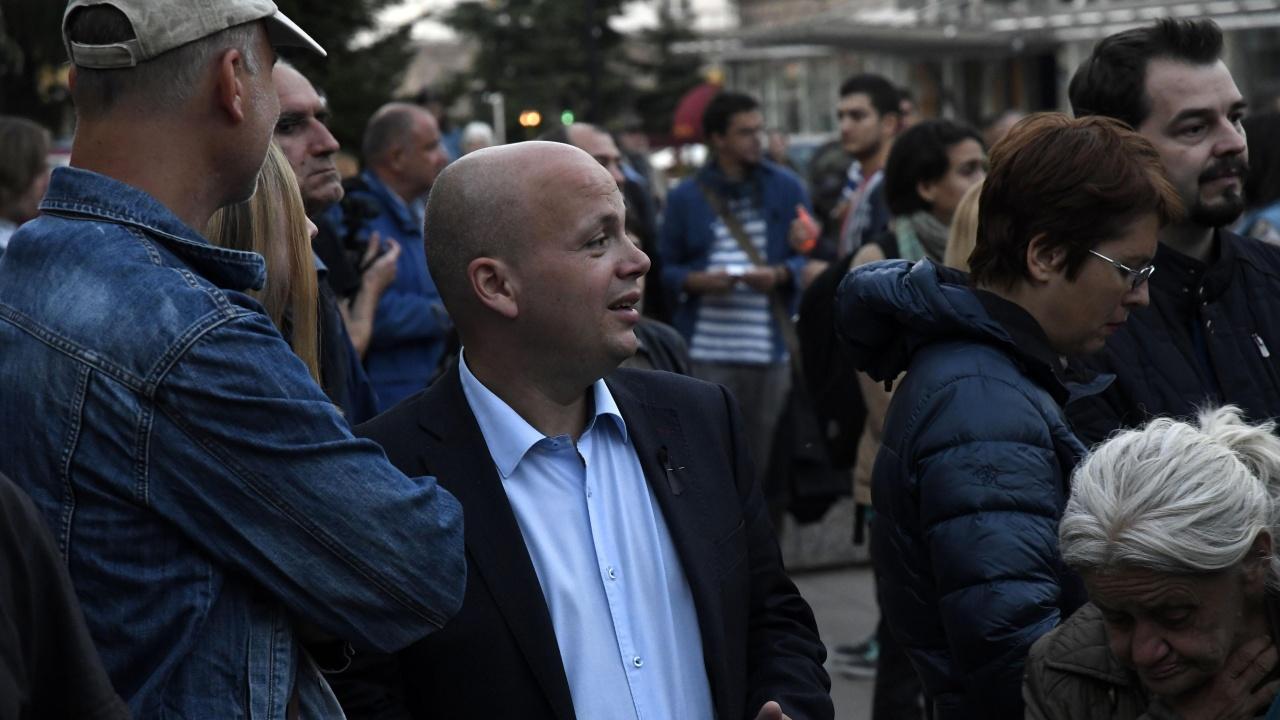 Александър Симов за хората на Слави и ДБ: Някакви се опитват да си присвоят недоволството и да приватизират протестите