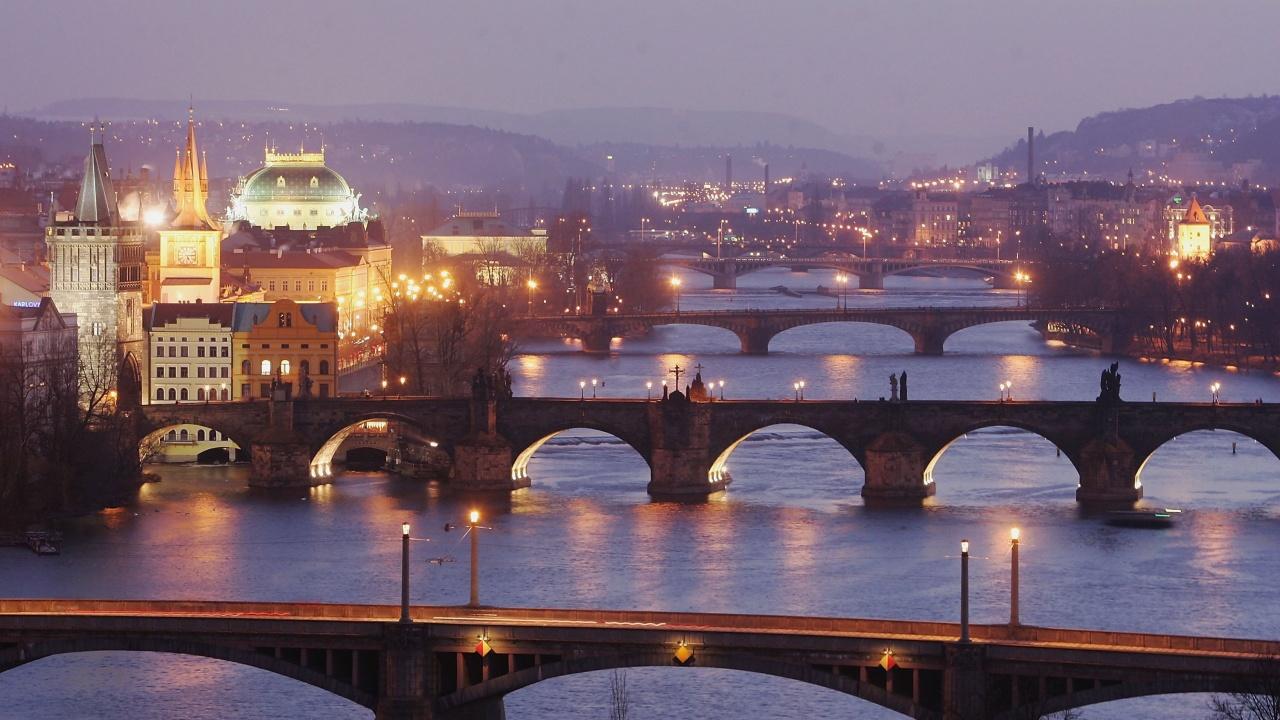 Прага заплашва да експулсира всички руски дипломати