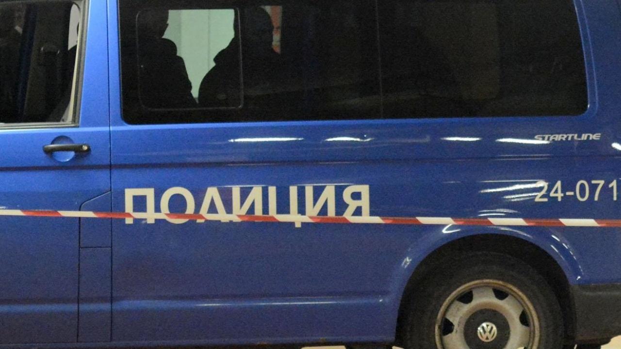 Въоръжени и маскирани обраха инкасо в Перник. Сумата вътре - рекордна