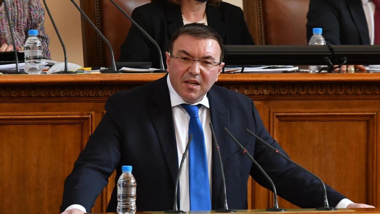 Проф. Ангелов към депутатите: Предложете членове на НОЩ
