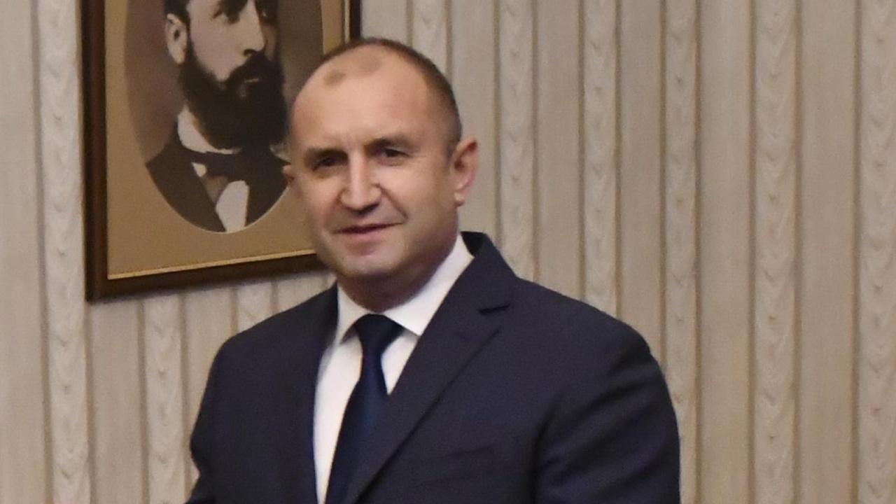 Румен Радев проведе работна среща с посланика на САЩ Херо Мустафа