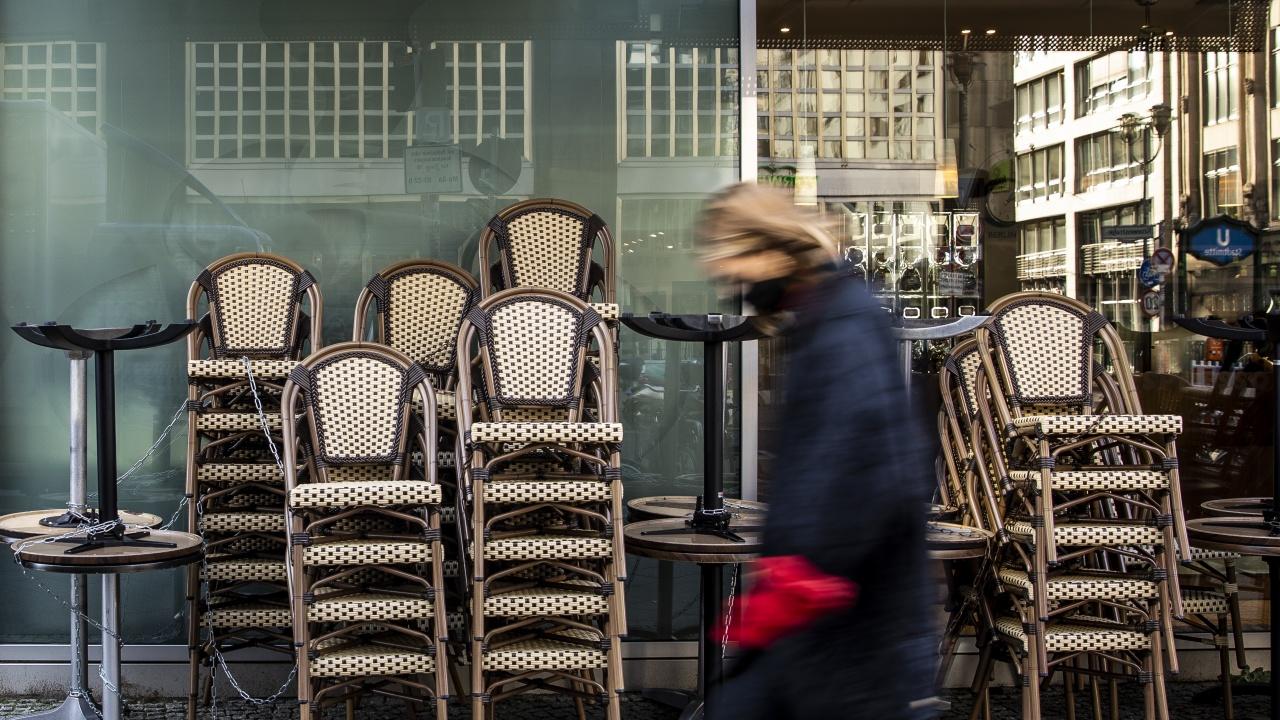 Германия прие закон, който позволява внезапен локдаун в зони с много заразени