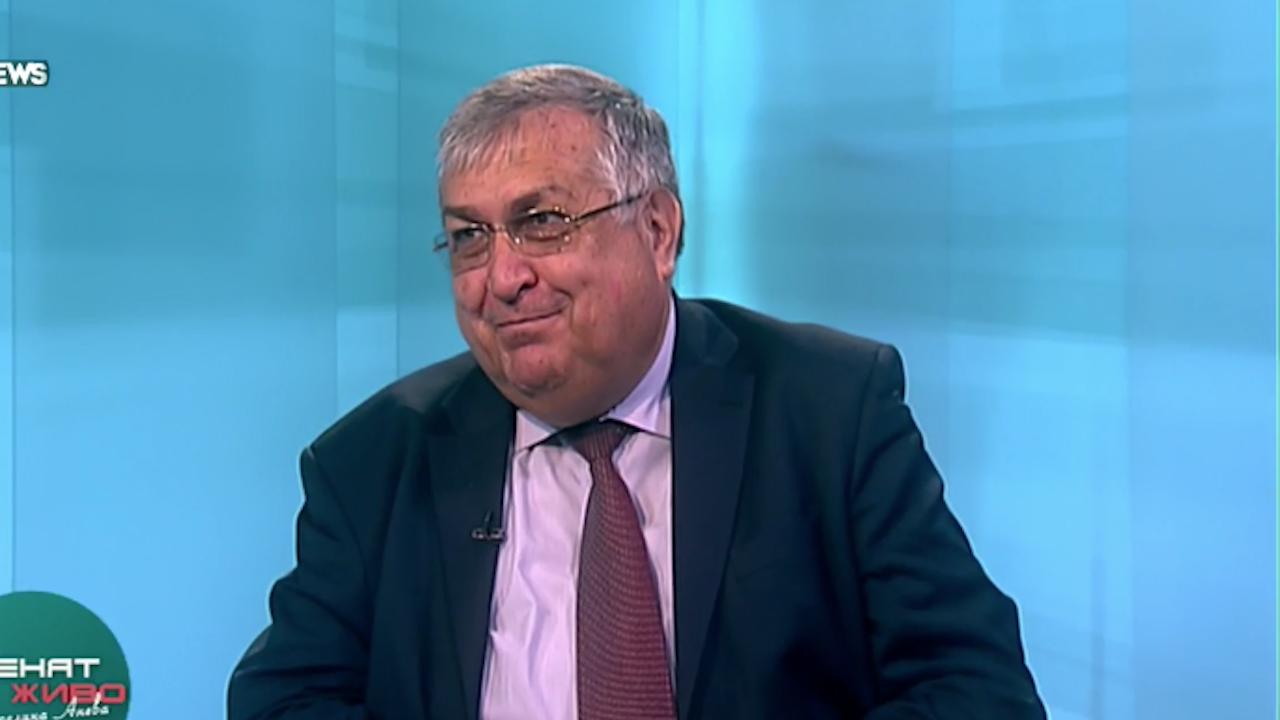 Проф. Георги Близнашки: Борисов трябва да си носи кръста до Голгота
