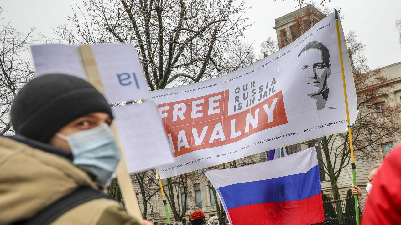 Близо 1500 са арестувани на протести в Русия в подкрепа на Навални