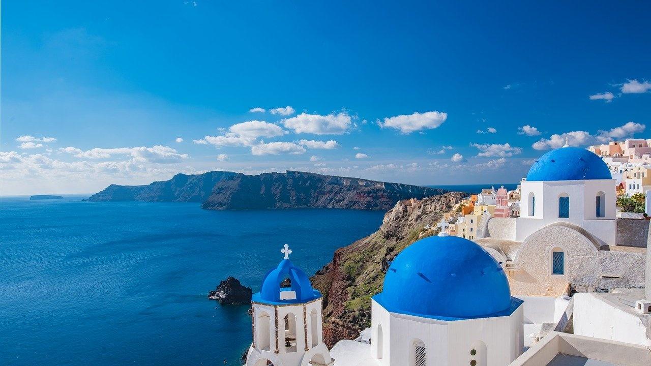Kathimerini: Гърция премахва голяма част от ограниченията след Великден