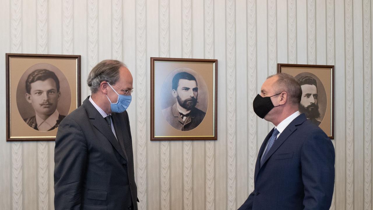 Румен Радев проведе работна среща с посланика на Германия Кристоф Айххорн