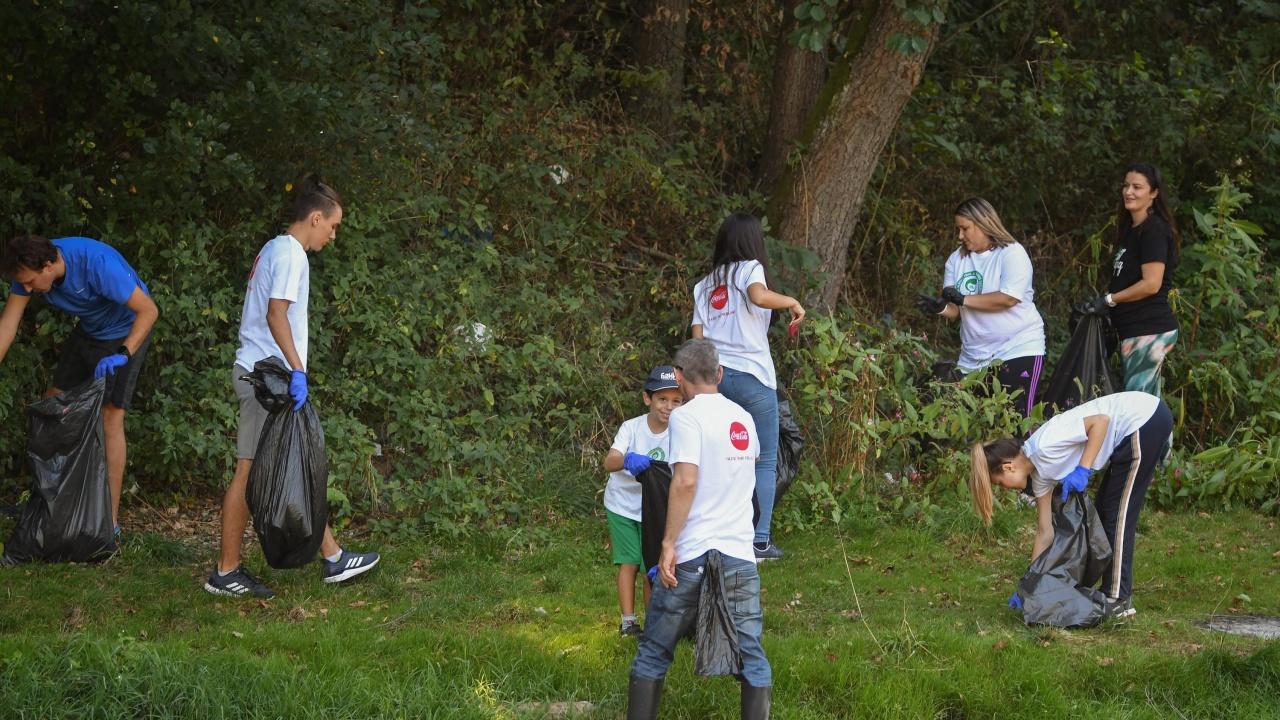 Младежи ще почистват русенски квартал по повод на Деня на Земята