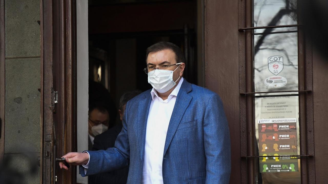 Проф. Костадин Ангелов отчете рекорден брой поставени ваксини за ден
