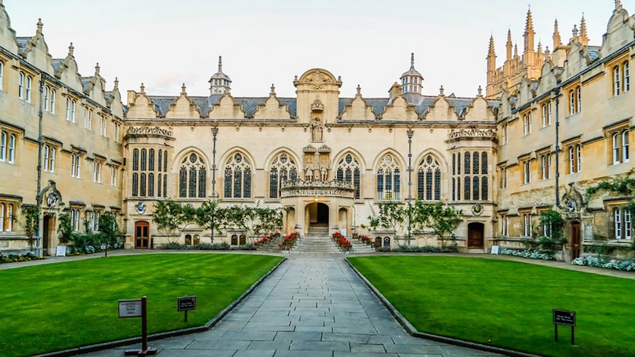 Без възможност за студентски заеми за българите във Великобритания