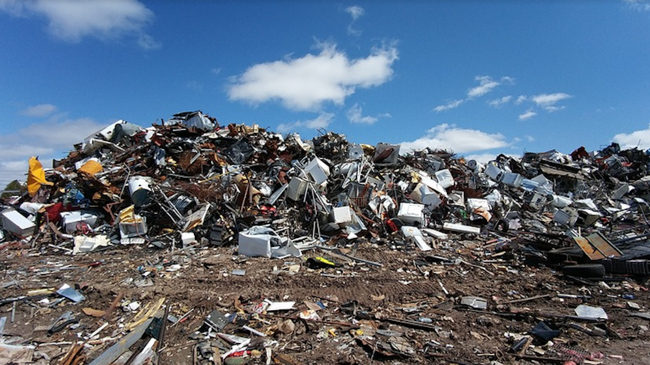 Нови инсталации в депото за отпадъци в Троян