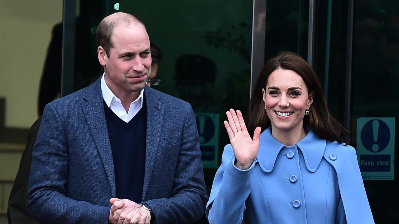 Принц Уилям и съпругата му споделиха нова снимка на сина си Луи