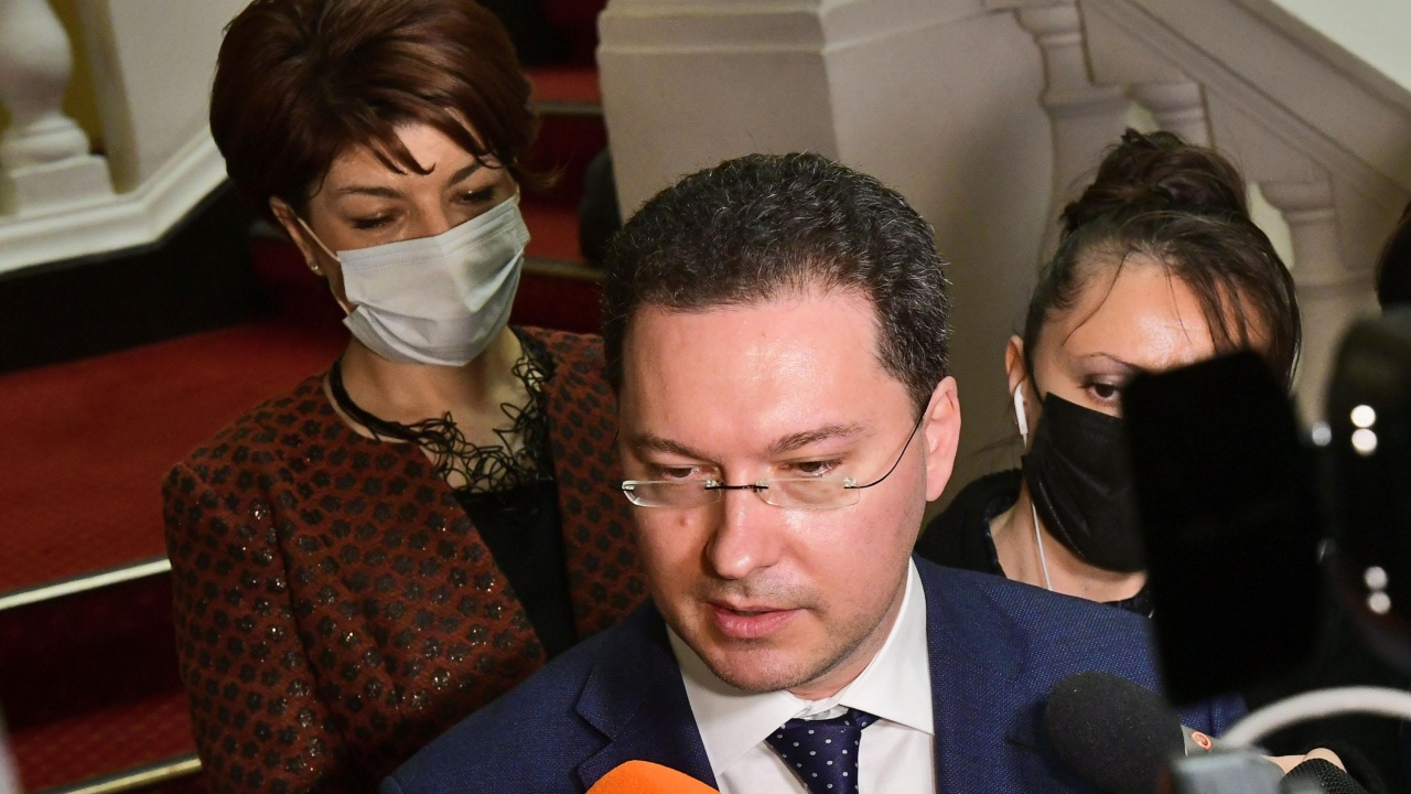 Митов и Атанасова: Видя се политическа арогантност и ужасни практики в НС